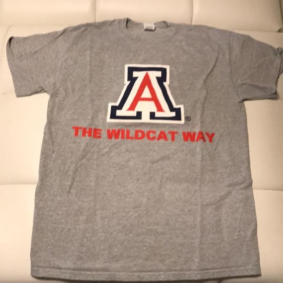 276c9faf Gildan Tops | University Of Arizona Gray Tshirt New M | Poshmark